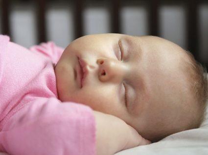 Guia essencial do bebé: tudo o que precisa para o 6º mês