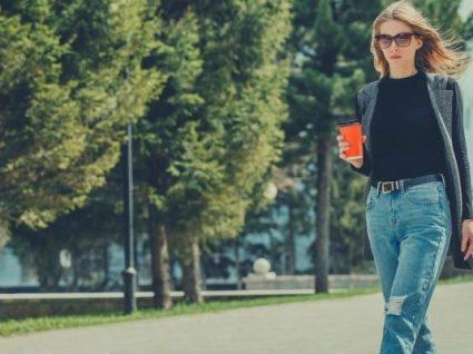 Novidade: A Stradivarius lançou calças de ganga para mulheres baixas