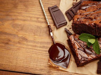 Bolo de chocolate de liquidificador: deliciosamente fácil