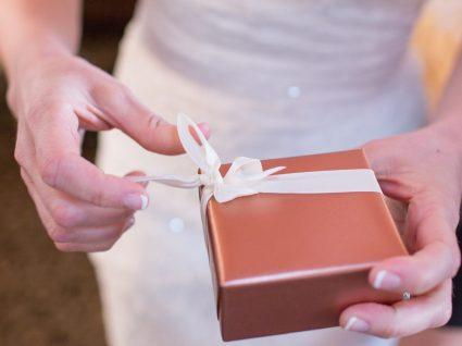 6 dicas para poupar nos presentes de casamento