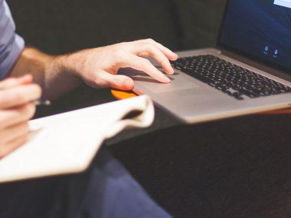 6 dicas para analisar anúncios de emprego