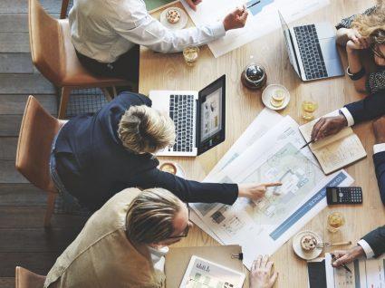 Regulamento interno da empresa: 14 ideias que pode encontrar