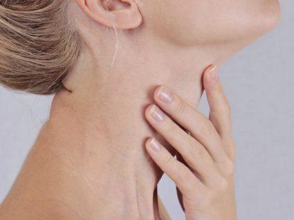 Os 4 principais sintomas do cancro da tiroide