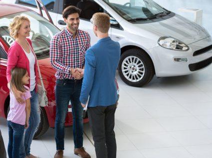 6 erros que deve evitar quando vai comprar carro