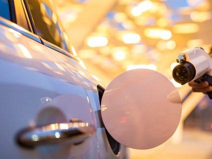 Carro eléctrico: carregamentos rápidos pagos a partir do verão