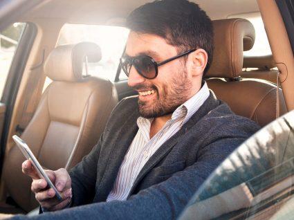 7 factos sobre conduzir a falar ao telemóvel
