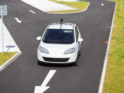 Carros autónomos começam a revolucionar mercado dos seguros