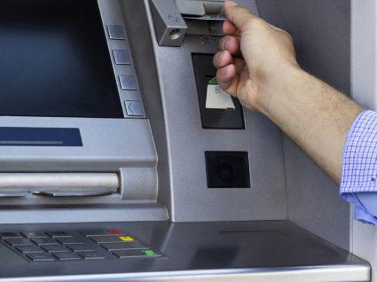 Cartão multibanco retido na máquina: o que fazer