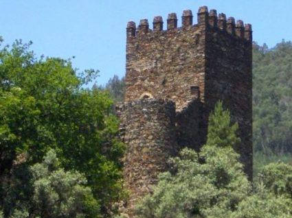 Castelo da Lousã: um encanto no meio da Serra