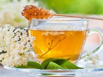 Quer emagrecer? 4 receitas de chá detox