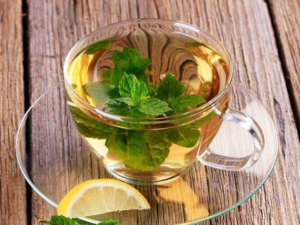 6 razões para beber chá de hortelã