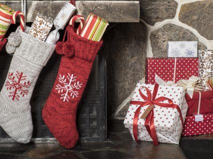 17 prendas de Natal até 5€ que não o deixam ficar mal