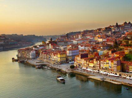 Porto é uma das cidades europeias mais baratas para dormir em Agosto
