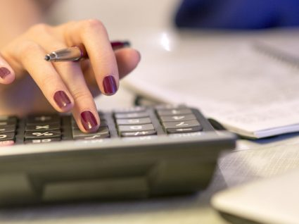 Impostos levam 41,5% do salário médio dos portugueses