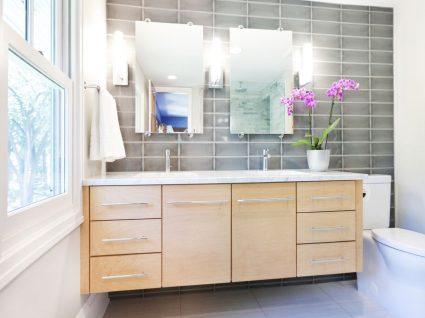 6 coisas que não deve guardar na casa de banho