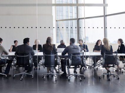 Transmissão de empresa ou estabelecimento: quais os efeitos?