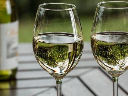 Combinar vinho com peixe: tudo o que precisa de saber