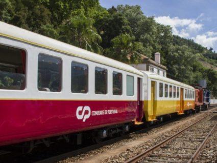 O comboio vinhateiro entre Porto e Tua está de volta
