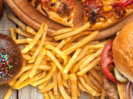 A comida de plástico é tão prejudicial como a diabetes