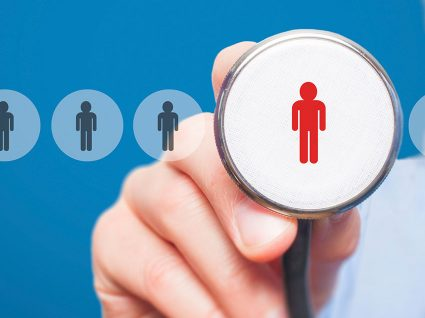 Comissão Europeia vai contratar 20 médicos e o salário pode ultrapassar os 9 mil euros