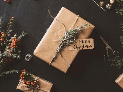 Poupar no Natal: como comprar as prendas todas com 100€