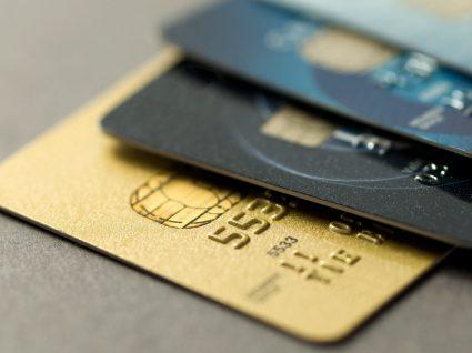 Como escolher o cartão de crédito certo para si