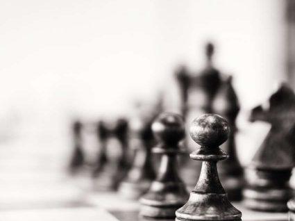 Ainda não sabe como jogar xadrez no Facebook?