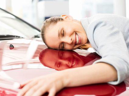 Como manter o cheiro a carro novo