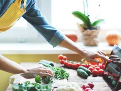 Como poupar na cozinha com as dicas das avós