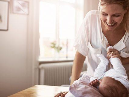 14 dicas para saber como poupar nas fraldas de bebé