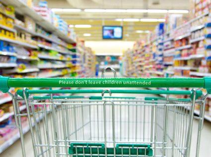 Comparação: qual o carrinho de compras mais barato?