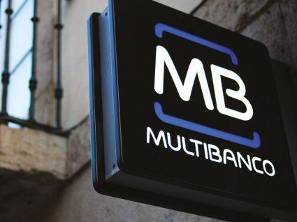 Portugueses fizeram mais compras de Natal por multibanco