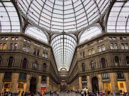 4 locais obrigatórios para fazer compras em Nápoles