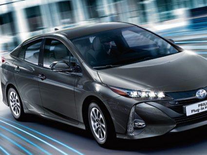 Conheça o novo Prius: elétrico, híbrido e auto-recarregável