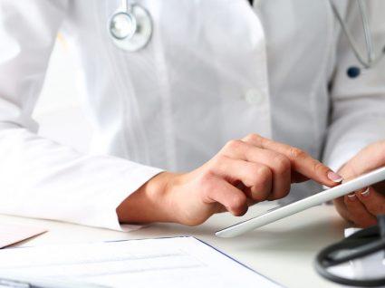 Ir ao médico sem sair de casa? 4 sites para marcar consulta online