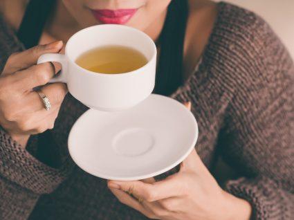 Chá para desinchar: os 6 melhores