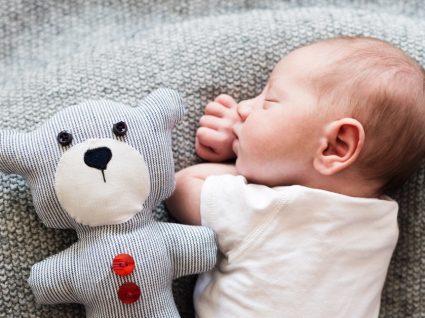 9 curiosidades sobre recém-nascidos que todos os pais deviam conhecer