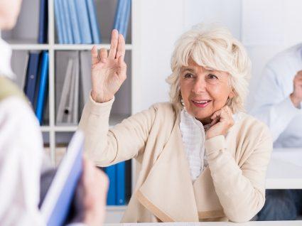 Cursos de inglês para seniores: como e porquê