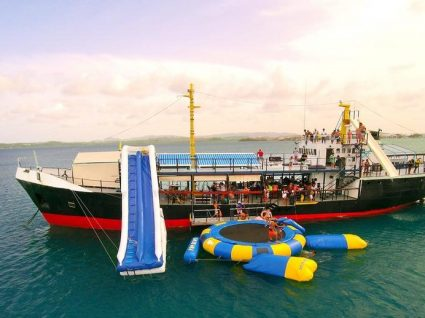 D-Boat: um petroleiro transformado em parque aquático