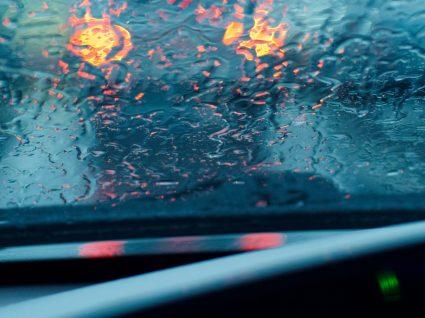 Como desembaciar os vidros do automóvel mais depressa