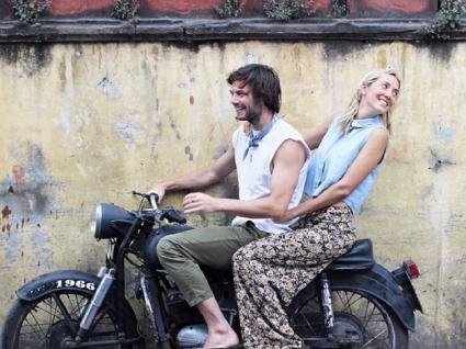 Este casal passou meio ano de férias. Quer saber como?