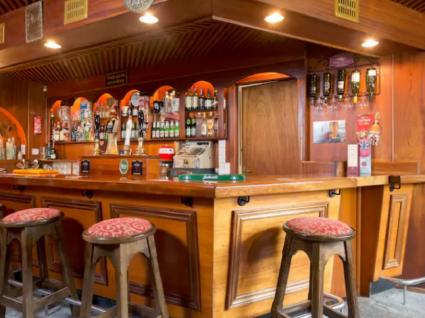 Gostava de gerir um pub irlandês? Arrende este no AirBnb