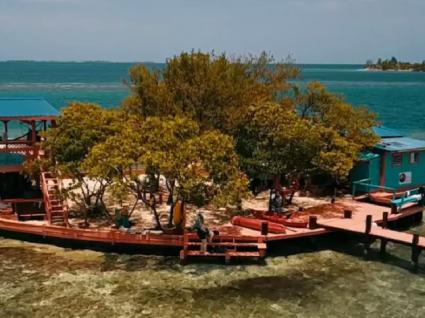 Alugue uma ilha privada em Belize por 445€