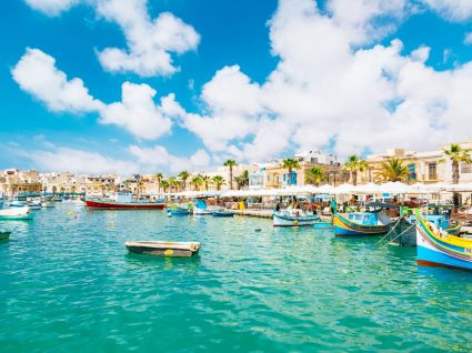 5 destinos de férias no Mediterrâneo a não perder