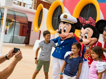 Conheça as novidades da Disneyland e Disney World