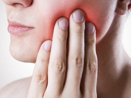 Alívio da dor de dente: 12 tratamentos naturais para fazer em casa