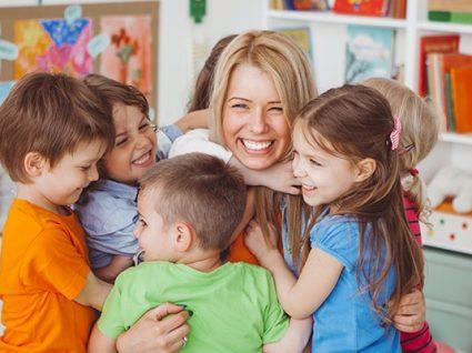 Educação de Infância: oferta formativa e saídas profissionais