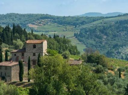 A villa de Michelangelo está à venda na Toscana