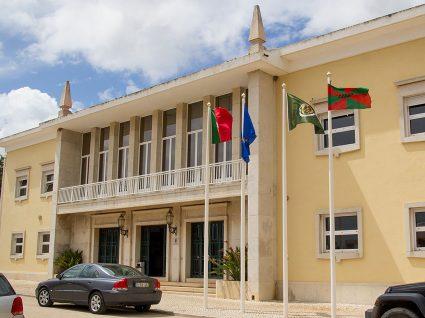 Câmara de Vila do Bispo procura funcionários
