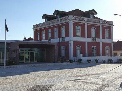 Câmara de Alpiarça está a recrutar assistentes operacionais